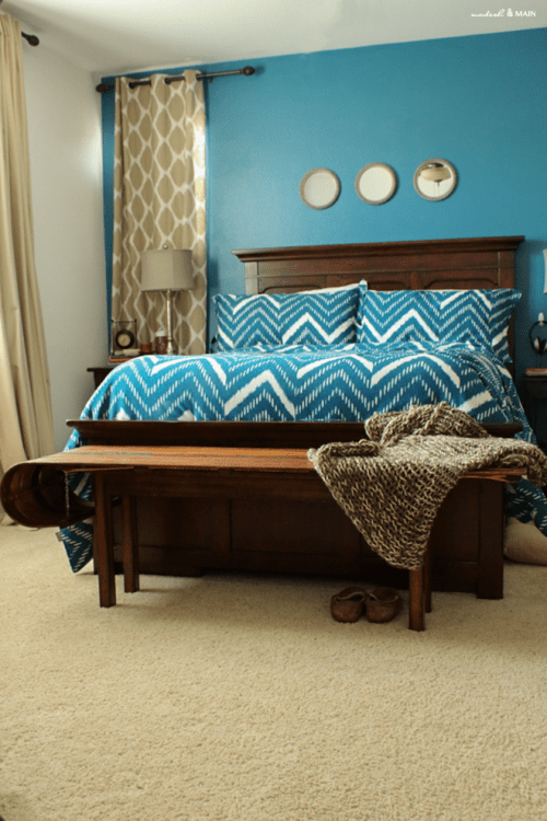 Make Your Bedroom Comfy: 10 Awesome DIY Bedroom Benches ...