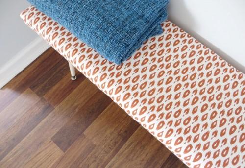 simple upholstered bench (via shelterness)