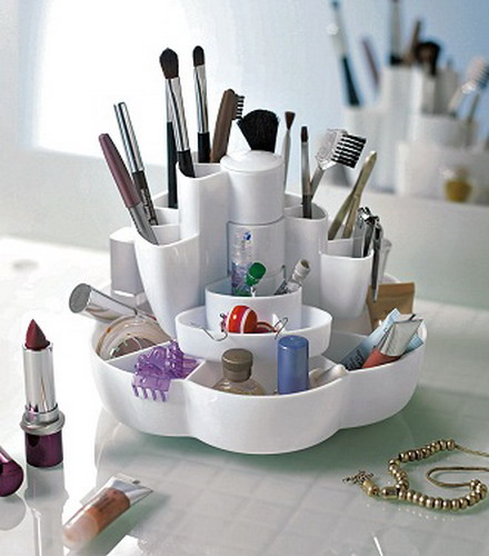 Makeup Storage In Tabletop Containers