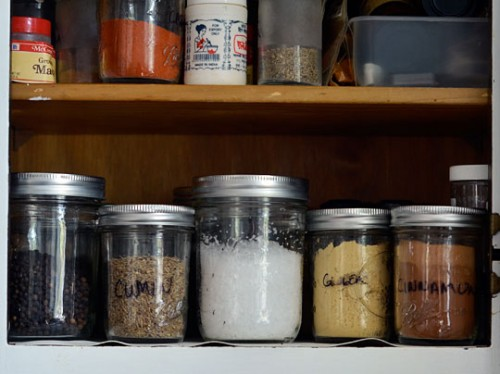 5 Ideas To Organize Spice Storage In Mason Jars Shelterness