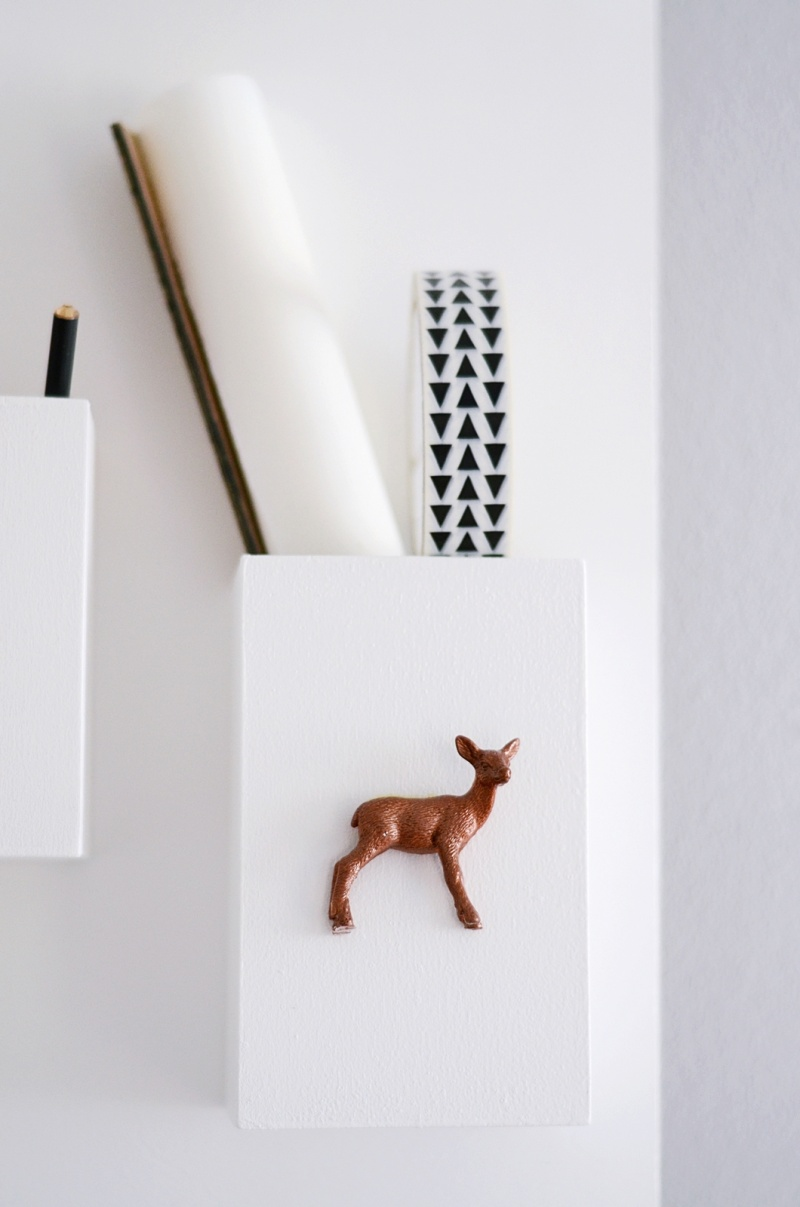 Picture Of minimal diy wall organizer for various stuff  2