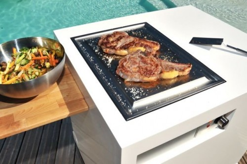 Mobile outdoor kitchen with modern and minimalist design for Mobile outdoorkuche