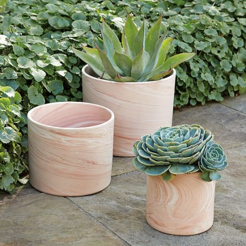 Modern Planters That Looks Like They Made Of Natural Wood
