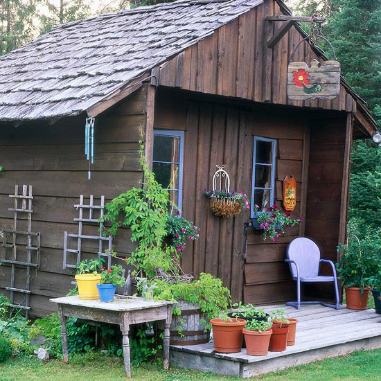 Picture of garden shed with a country appeal - Shabby chic gartenhaus ...