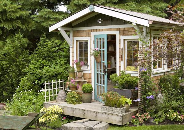 A Light Filled Garden House