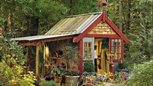15 cool garden sheds that make any garden better shelterness for Www southernlivinghouseplans com