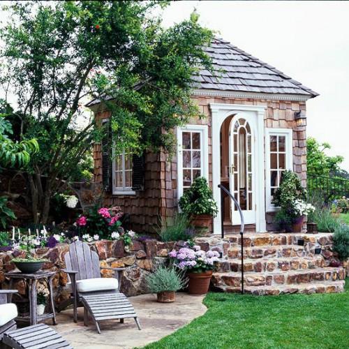 Elegant Garden Shed (via bhg)