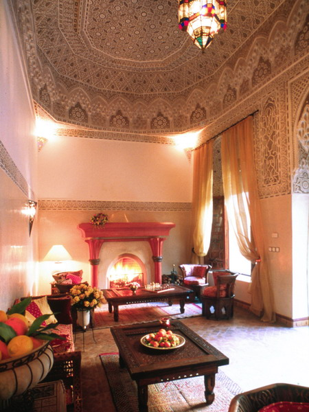 25 moroccan living room decorating ideas shelterness - Adorable moroccan decor style ...