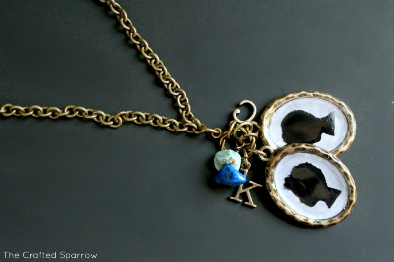 Picture Of silhouette necklace