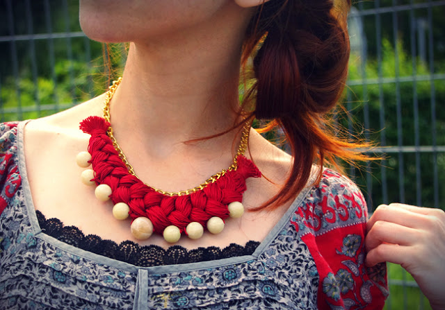 folkloric necklace
