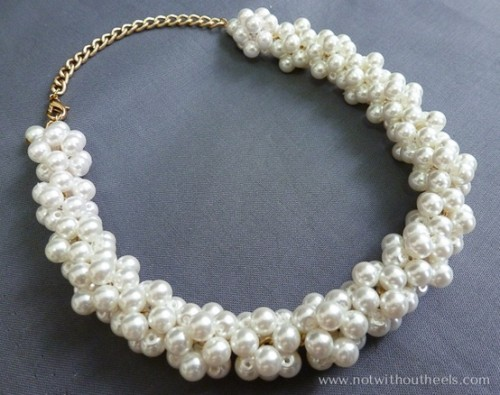 white pearl necklace (via craftionary)