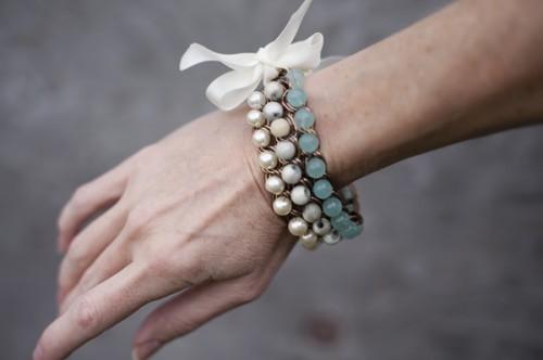 ombre bead chain bracelet (via fabyoubliss)