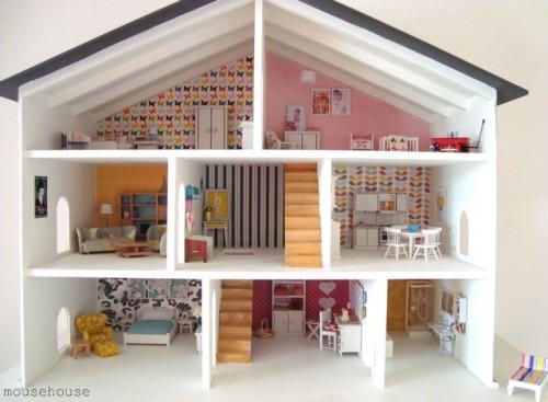 A Mousehouse Dollhouse (via domesticblissnz)