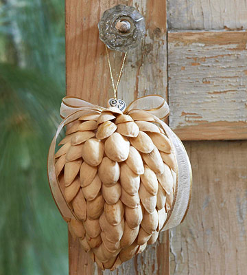 DIY Nutshell Ornament (via bhg)