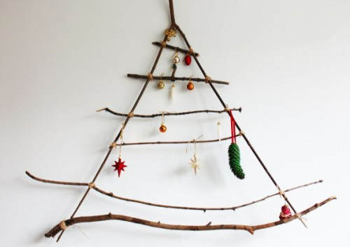 branches wall Christmas tree