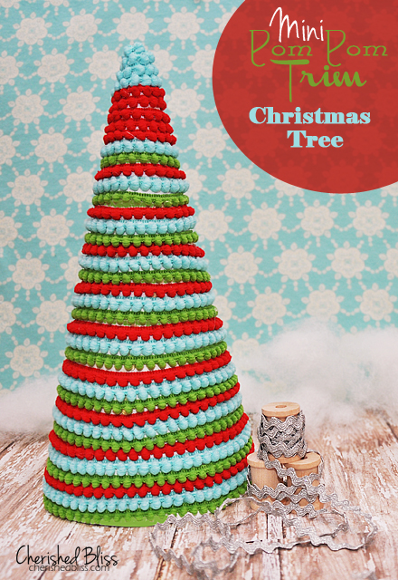 pom pom ribbon Christmas tree (via shelterness)