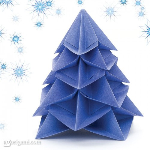 origami Christmas tree (via goorigami)