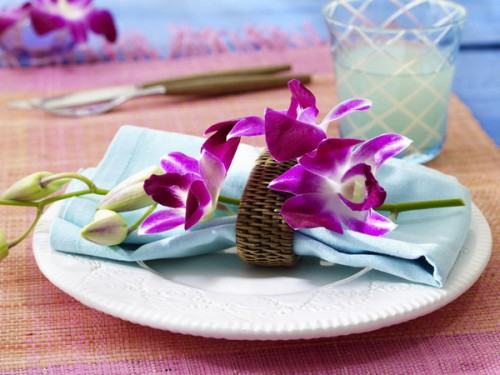 How To Use Orchids For Table Serving