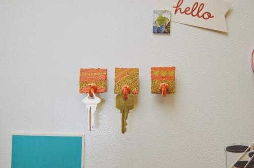 fridge magnet key holder (via iffoundmake)