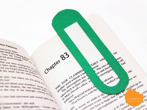 giant paper clip bookmark (via onelmon)