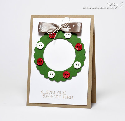 buttons wreath Christmas card (via bettys-crafts)