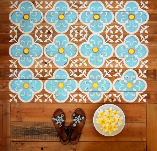 Original DIY Stenciled Pallet Floor For Outdoors