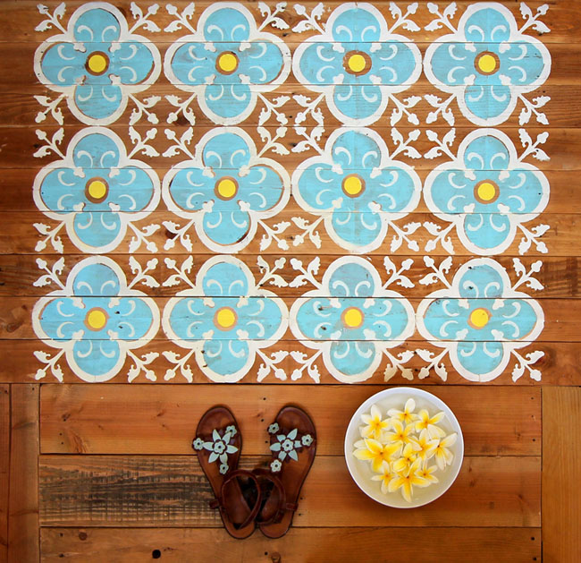 Picture Of original diy stenciled pallet floor for outdoors  1