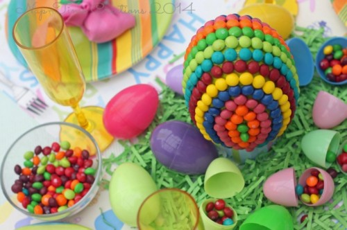 Easter candy egg centerpiece (via nap-timecreations)