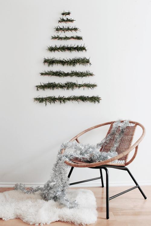 Original holiday decor 13 diy wall christmas trees - Diy christmas tree on wall ...