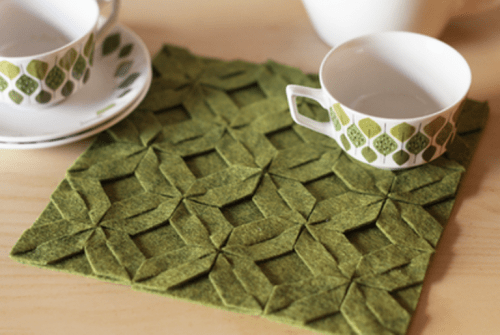 Original DIY Trivet With A Geometrical Pattern
