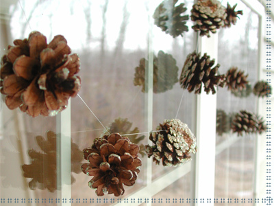 Pinecone Window Garland