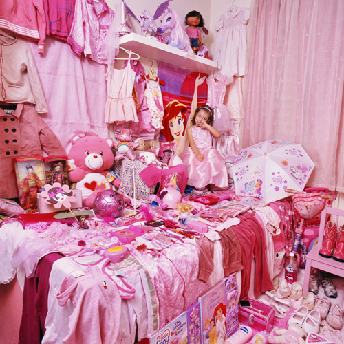 Pink And Blue Rooms Of Obsessed Kids