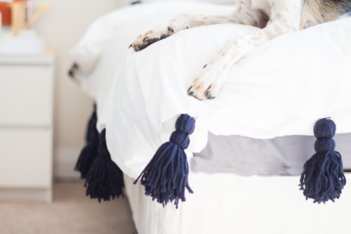 tassel bedding (via theblondielocks)