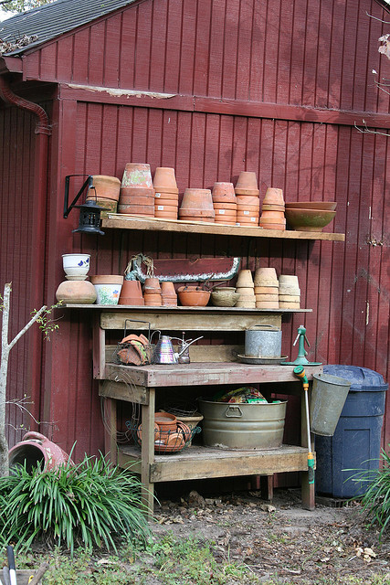 Picture of potting table with lots of pot storage - Potting table with storage ...