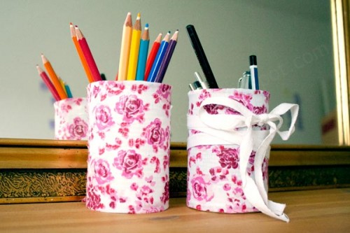 Pretty DIY Desk Organizers From Tin Cans