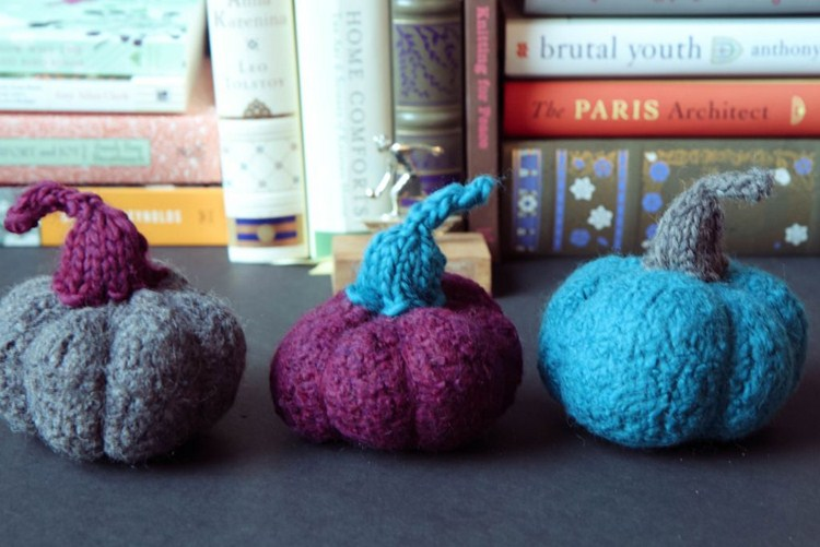 Picture Of pretty diy miniature felted pumpkins  6