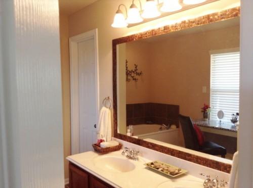 custom vanity table (via fromhaustohome)