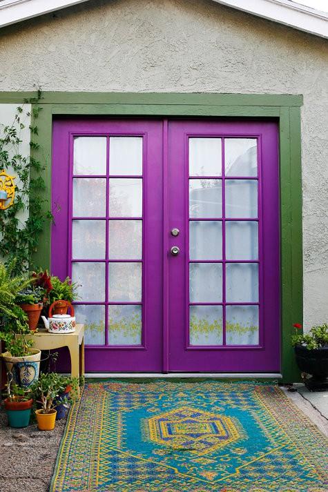 12 purple front door designs to insire shelterness - Purple front door feng shui ...