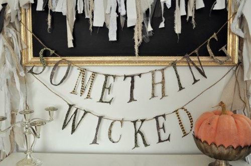 Quick And Easy DIY Something Wicked Garland