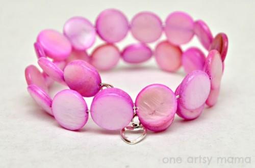DIY wire shell bracelet