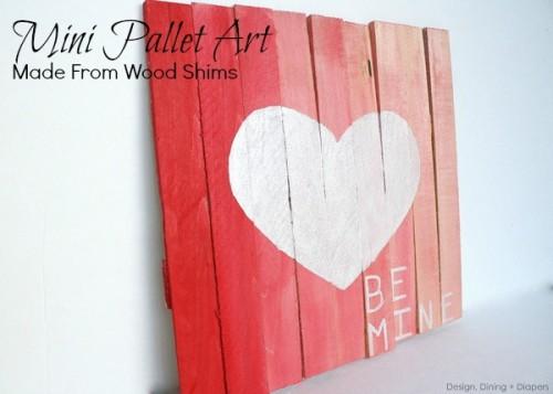 pallet Valentine art (via designdininganddiapers)