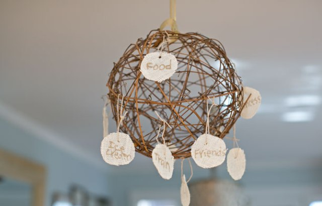 Rustic DIY Thanksgiving Gratitude Sphere