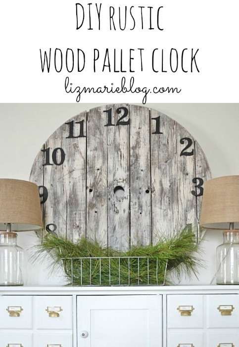 Rustic DIY Wood Pallet clock