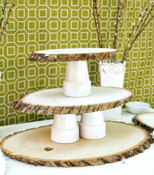 Rustic DIY Woodsy Cupcake Stand | Shelterness