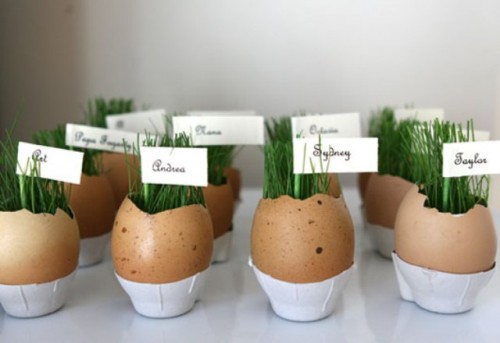 egg cups with grass (via shelterness)