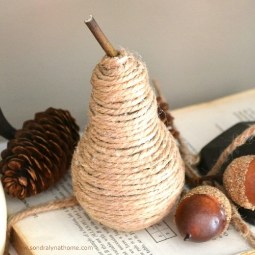 rustic twine pear (via shelterness)
