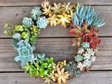 gorgeous succulent wreath