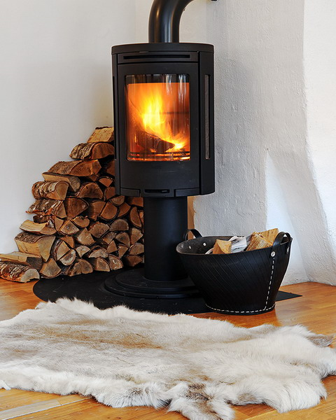 35 Real Life Scandinavian Fireplaces