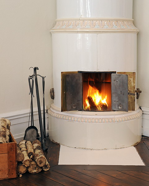 35 Real Life Scandinavian Fireplaces - Shelterness