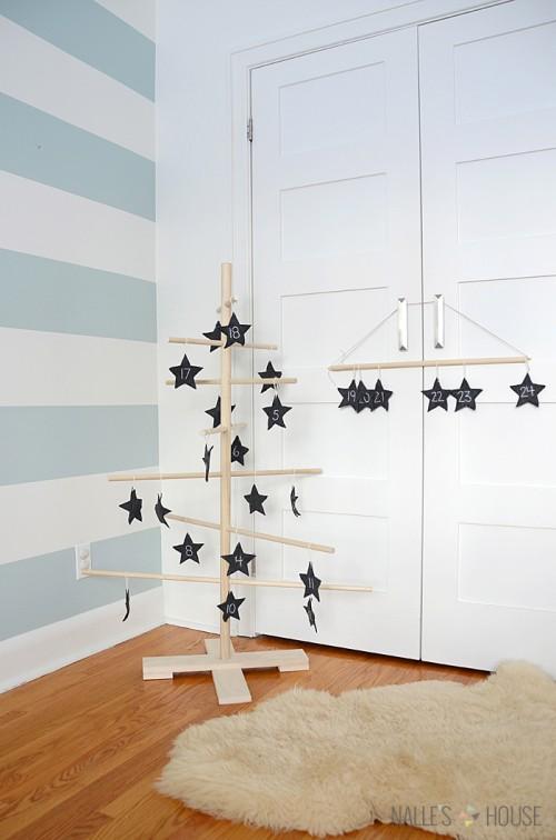 advent tree with felt stars